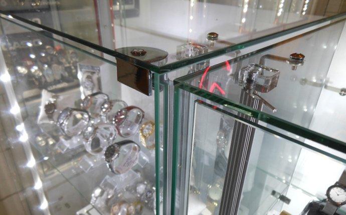 Торговые прилавки и витрины изготовление в Липецке
